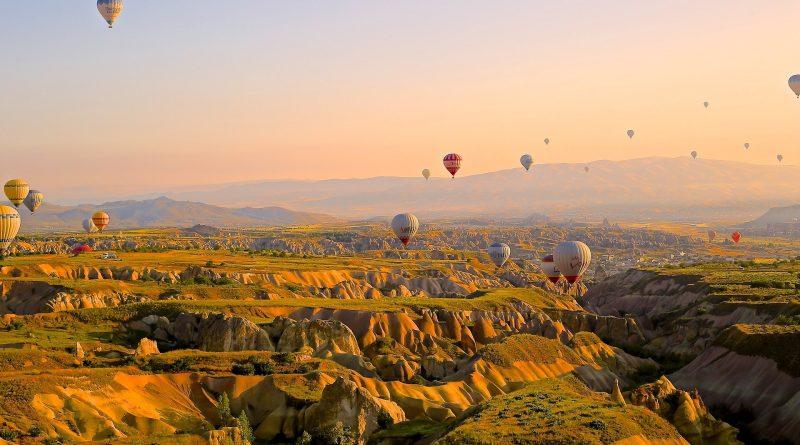 vol en montgolfière en Auvergne